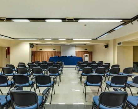 Find out what equipped meeting rooms of the Best Western Hotel Rocca Cassino